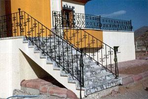 Merdiven Korkuluğu